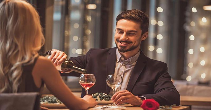 6 trucuri pe care le folosesc bărbații afemeiați pentru a manipula femeile