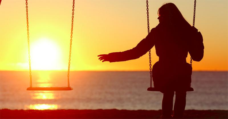 Iată cum te îndepărtezi emoțional de cel care nu te iubește.