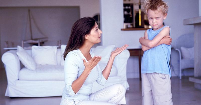 7 interdicții pe care i le poți explica copilului în alt mod
